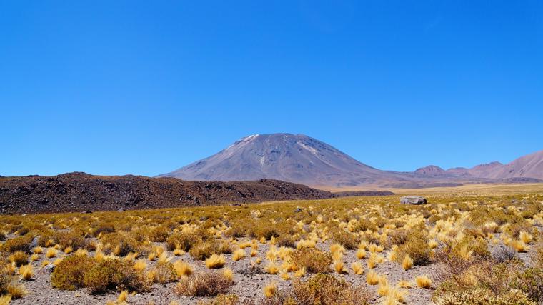 Vale ao redor do vulcão Lascar