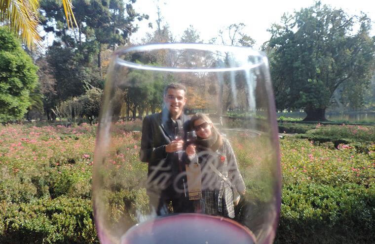 Os belos jardins da vinícola Santa Rita